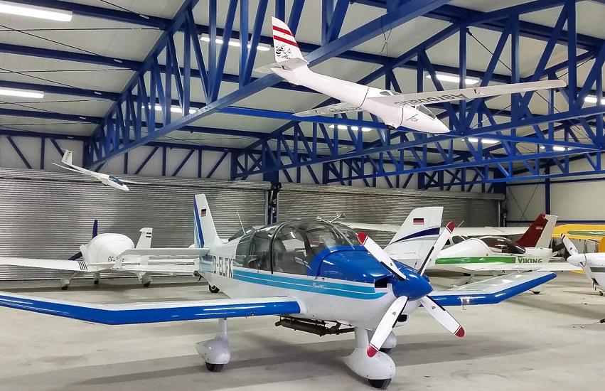 Neubau Flugzeughalle